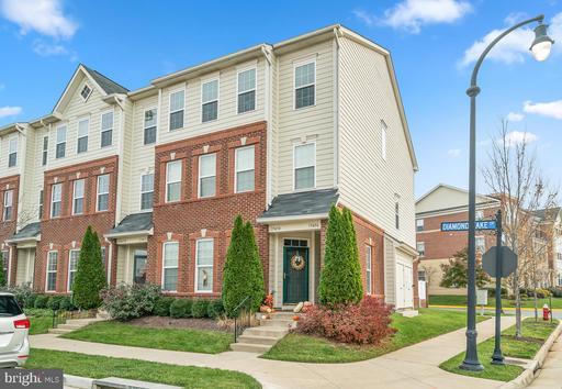 Property for sale at 19456 Diamond Lake Dr, Leesburg,  VA 20176