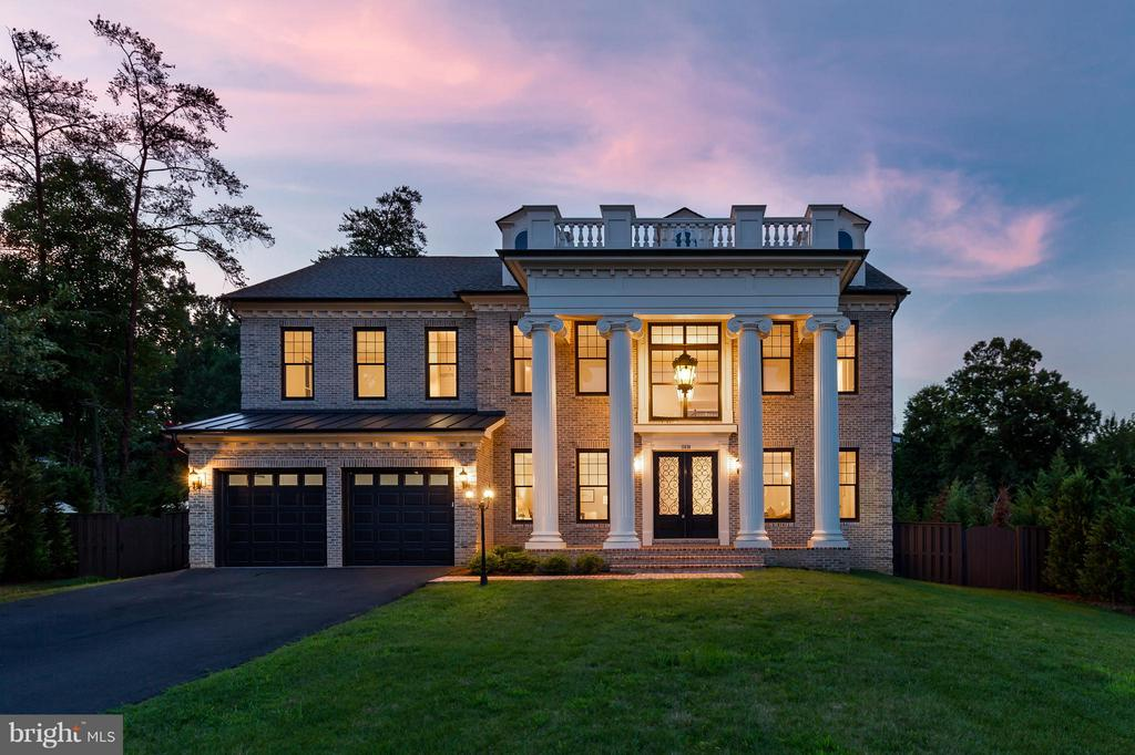 NEW CONSTRUCTION! DELIVER IMMEDIATELY!! Premier homes exclusive custom home.  'Corinth' 8,000+ sqft living. Opn flr pln. Chef kitch w/lrg isl. Top of line cabinets & hrdwr.  HW floors ML & UL hall. Lib/BD/full BA on ML. 4Season Outdoor room sharing 2sided fpl w/FR. Huge deck. MBR w/ sitting room & fpl & screened porch. Extensive moldings through out. LL feat/RR w/fpl, Bar, 2BD,2BA, theater. Unparalleled Quality. OVER $150k SPENT ON OUTDOOR LIVING SPACE!