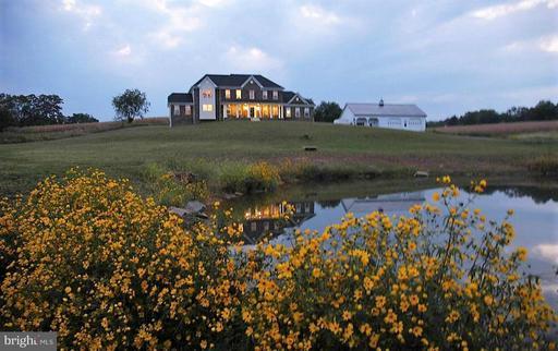 Property for sale at 38651 Rickard Rd, Lovettsville,  VA 20180