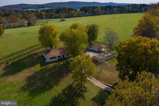 Property for sale at 23572 Champe Ford Rd, Middleburg,  VA 20117