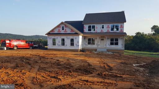 Property for sale at 40877 Yakey Ln, Lovettsville,  VA 20180