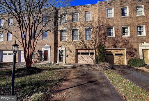 Property for sale at 110 Slack Ln Ne, Leesburg,  VA 20176