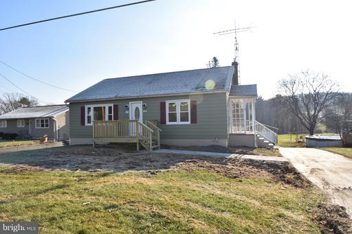 Property for sale at 131 Oak Grove Rd, Pine Grove,  PA 17963