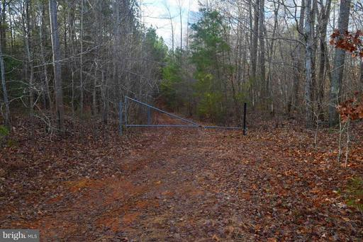 Property for sale at 71-3A White Walnut Rd, Louisa,  VA 23093