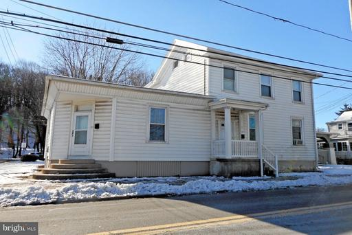 Property for sale at 27-29 N Tulpehocken St, Pine Grove,  Pennsylvania 17963