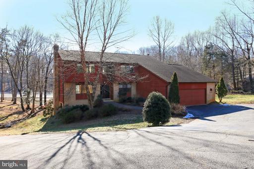 Property for sale at 3137 Trenholm Dr, Oakton,  VA 22124