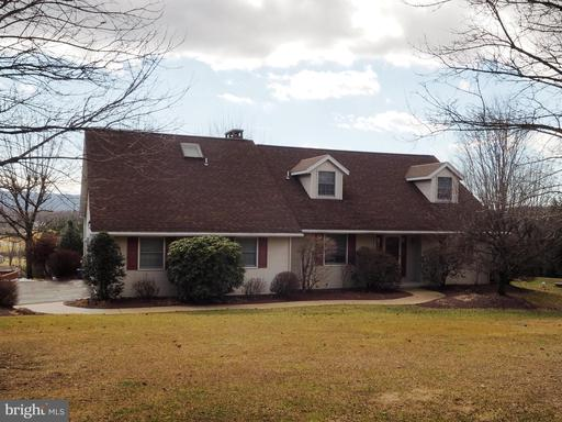 Property for sale at 60 Red Oak Ter, New Ringgold,  Pennsylvania 17960
