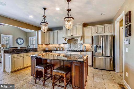 Property for sale at 40621 Banshee Dr, Leesburg,  VA 20175