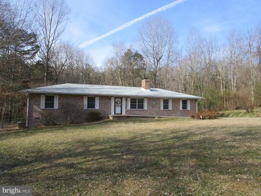 Property for sale at 135 Pine Rd, Louisa,  Virginia 23093