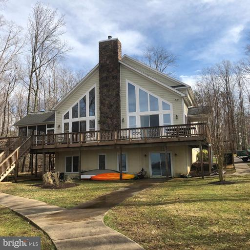 Property for sale at 493 Twin Lakes Ln, Bumpass,  Virginia 23024