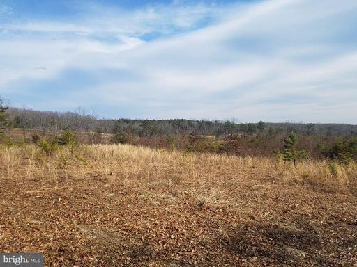 Property for sale at 2376 Hickory Creek Rd, Louisa,  Virginia 23093