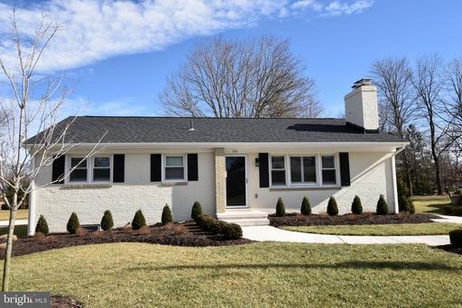 Property for sale at 130 Woodberry Rd Ne, Leesburg,  Virginia 20176