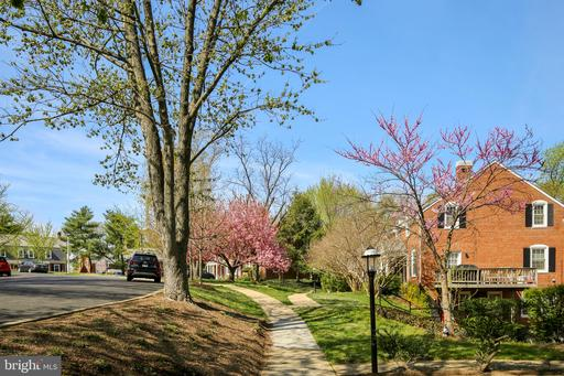 Property for sale at 3302 S Wakefield St, Arlington,  Virginia 22206
