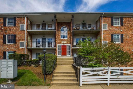 Property for sale at 12717 Gordon Blvd #117, Woodbridge,  Virginia 22192