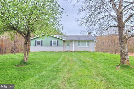 Property for sale at 3394 Summer Valley Rd, New Ringgold,  Pennsylvania 17960