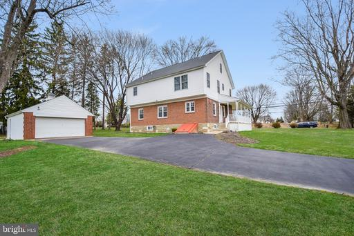 Property for sale at 12 Maple Ln, Newtown,  Pennsylvania 18940