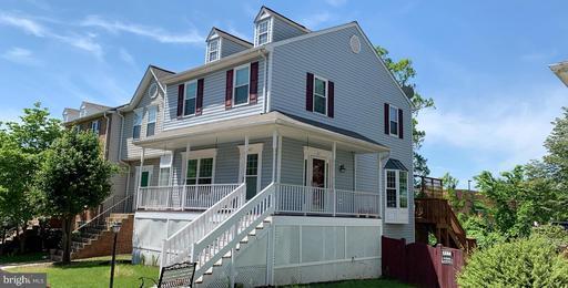 Property for sale at 417 Breckinridge Sq Se, Leesburg,  Virginia 20175