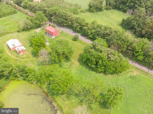 Property for sale at 948 Schappell Rd, Hamburg,  Pennsylvania 19526