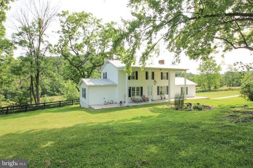 Property for sale at 2548 Dellinger Acres Rd, Edinburg,  Virginia 22824