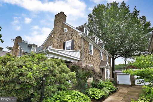Property for sale at 3318 W Queen Ln, Philadelphia,  Pennsylvania 19129