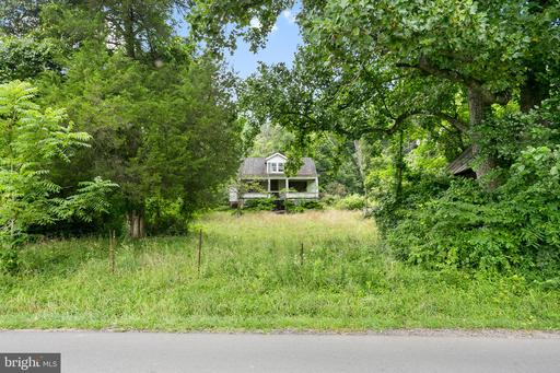 Property for sale at 13339 Mountain Rd, Lovettsville,  Virginia 20180