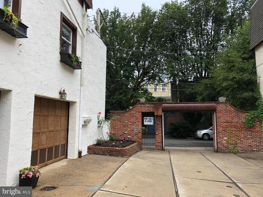 Property for sale at 104 Catharine St, Philadelphia,  Pennsylvania 19147