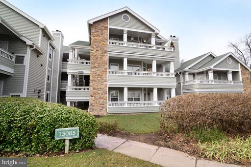 Property for sale at 13085 Autumn Woods Way #201, Fairfax,  Virginia 22033