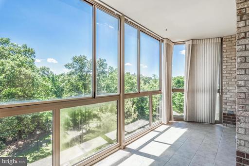 Property for sale at 19375 Cypress Ridge Ter #406, Leesburg,  Virginia 20176