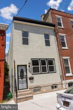 Property for sale at 2241 Bainbridge St, Philadelphia,  Pennsylvania 19146