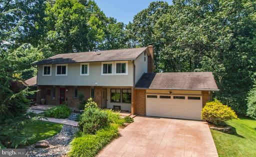 Property for sale at 3318 Miller Heights Rd, Oakton,  Virginia 22124