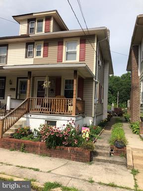 Property for sale at 31 Laurel St, Pine Grove,  Pennsylvania 17963