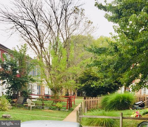 Property for sale at 62 Hancock Pl Ne, Leesburg,  Virginia 20176
