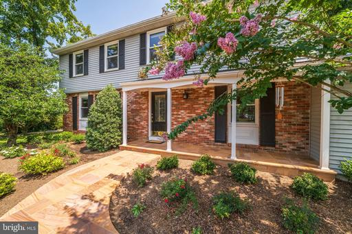 Property for sale at 10612 Runaway Ln, Great Falls,  Virginia 22066