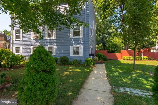 Property for sale at 105 Mayfair Dr Ne, Leesburg,  Virginia 20176