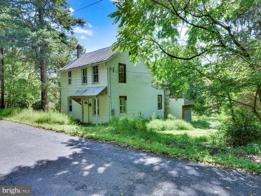 Property for sale at 100 N Market, New Ringgold,  Pennsylvania 17960