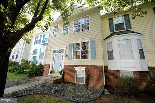 Property for sale at 35865 Devon Park Sq, Round Hill,  Virginia 20141