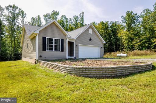Property for sale at 398 Boulder Springs Ln, Louisa,  Virginia 23093