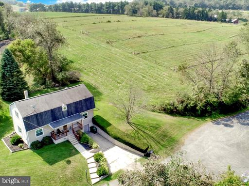 Property for sale at 58 N Oak Ln, Schuylkill Haven,  Pennsylvania 17972