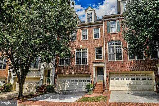 Property for sale at 7446 Carriage Hill Dr, Mclean,  Virginia 22102