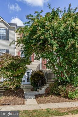 Property for sale at 44122 Mistletoe Ter, Ashburn,  Virginia 20147