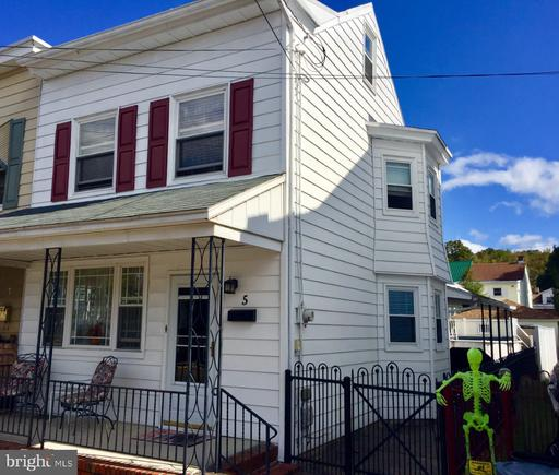 Property for sale at 5 Nicholas S, Saint Clair,  Pennsylvania 17970