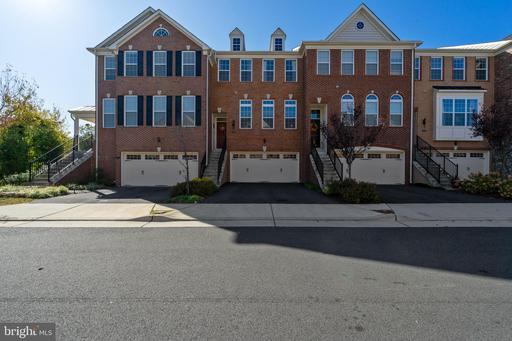 Property for sale at 205 Croft Sq, Purcellville,  Virginia 20132