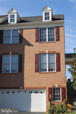 Property for sale at 131 Misty Pond Ter, Purcellville,  Virginia 20132
