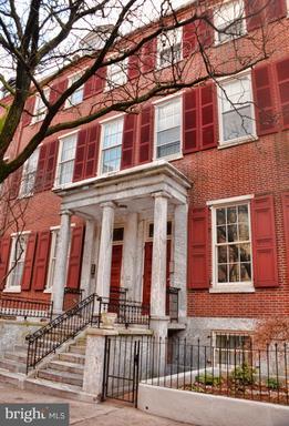 Property for sale at 914 Spruce St #4, Philadelphia,  Pennsylvania 19107