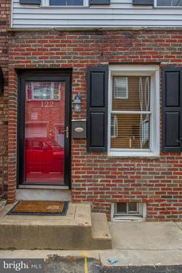 Property for sale at 122 Watkins St, Philadelphia,  Pennsylvania 19148