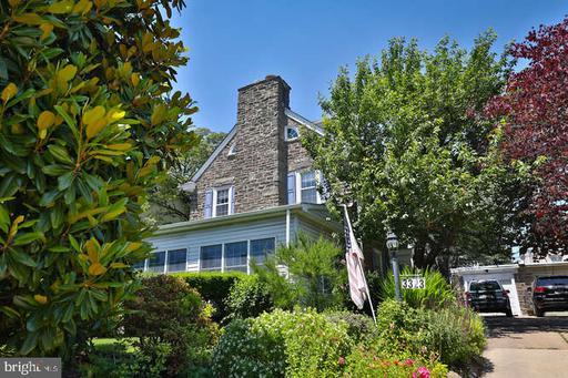 Property for sale at 3323 W Queen Ln, Philadelphia,  Pennsylvania 19129