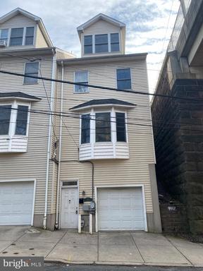 Property for sale at 301 Shurs Ln, Philadelphia,  Pennsylvania 19128