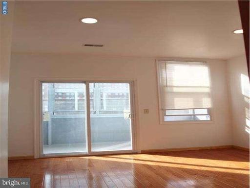 Property for sale at 922 Green St, Philadelphia,  Pennsylvania 19123