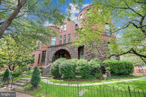 Property for sale at 1301 Rhode Island Ave Nw #4, Washington,  District of Columbia 20005