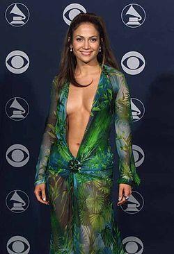Jennifer-lopez-green-versace-dress